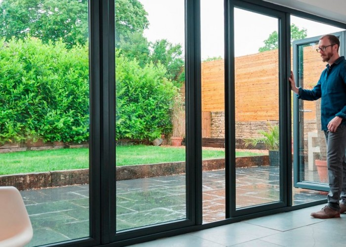 Aluminium slide and swing door
